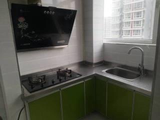 金利公寓精装修一室  家具家电齐全拎包入住