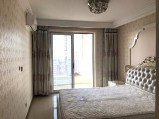 (中部)明月豪苑3室2厅2卫134m²精装修