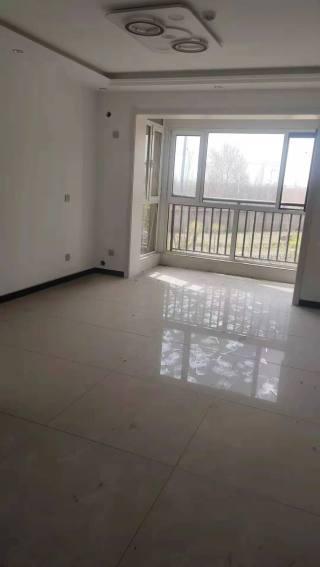 上东国际2室首次出租找干净租户93m²豪华装修出租