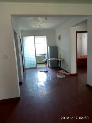 锦绣江南3室2厅2卫1200元简单装修出租 家具齐全 拎包入住