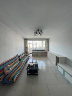 宝塔花园3室2厅1卫1100元/月113m²简单装修出租